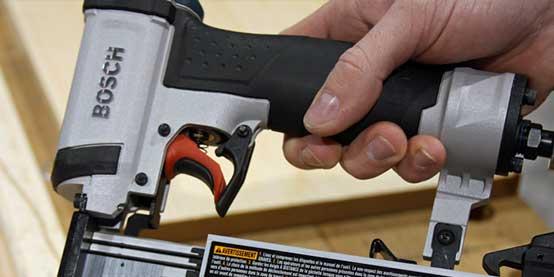 بررسی میخ کوب Bosch 23 مدل FNS138-23